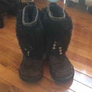 Rare brown and black fur Ugg's